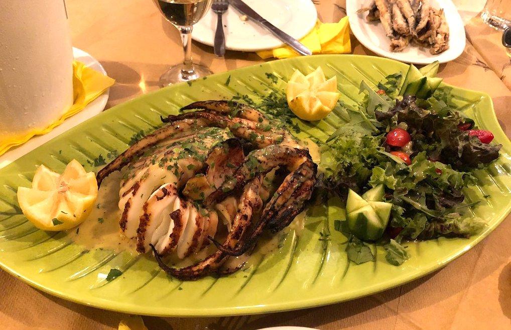 Στον «Λεμονανθό» θα βρεις τα πιο νόστιμα πιάτα των Πετραλώνων