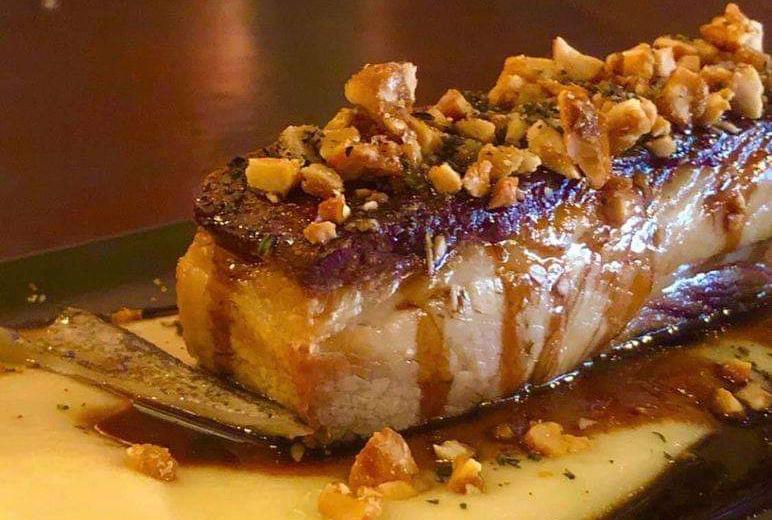 Ελληνικές γεύσεις: Στο μαγαζί του Λεωνίδα Κουτσόπουλου θα δοκιμάσεις master chef πιάτα με τιμές ταβέρνας