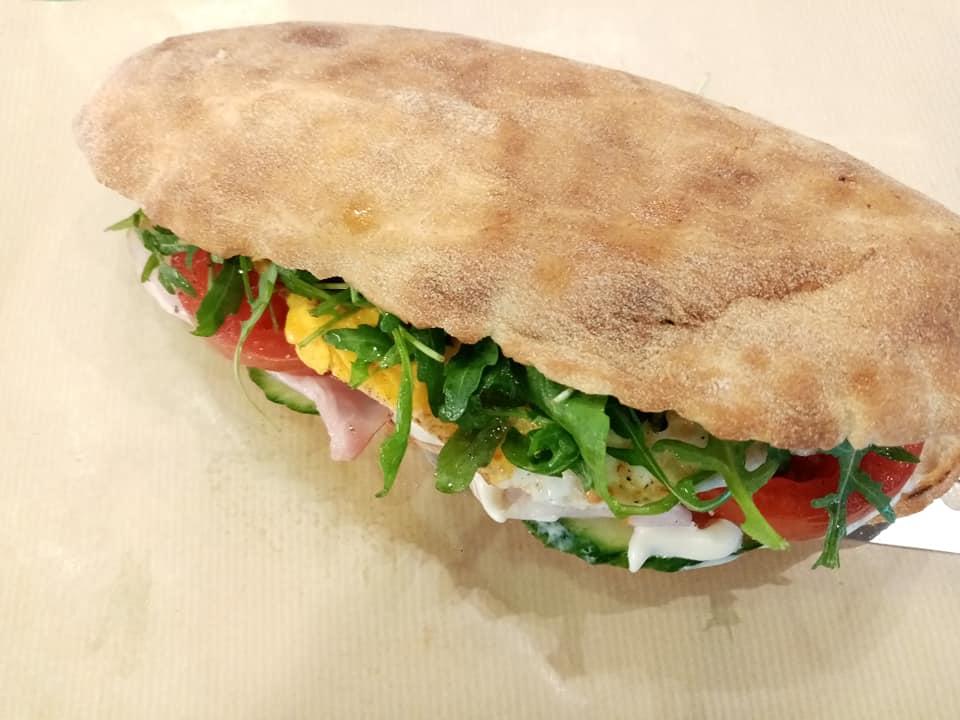 Big Mouth: Εδώ θα επαναπροσδιορίσεις την σχέση σου με τα σάντουιτς!