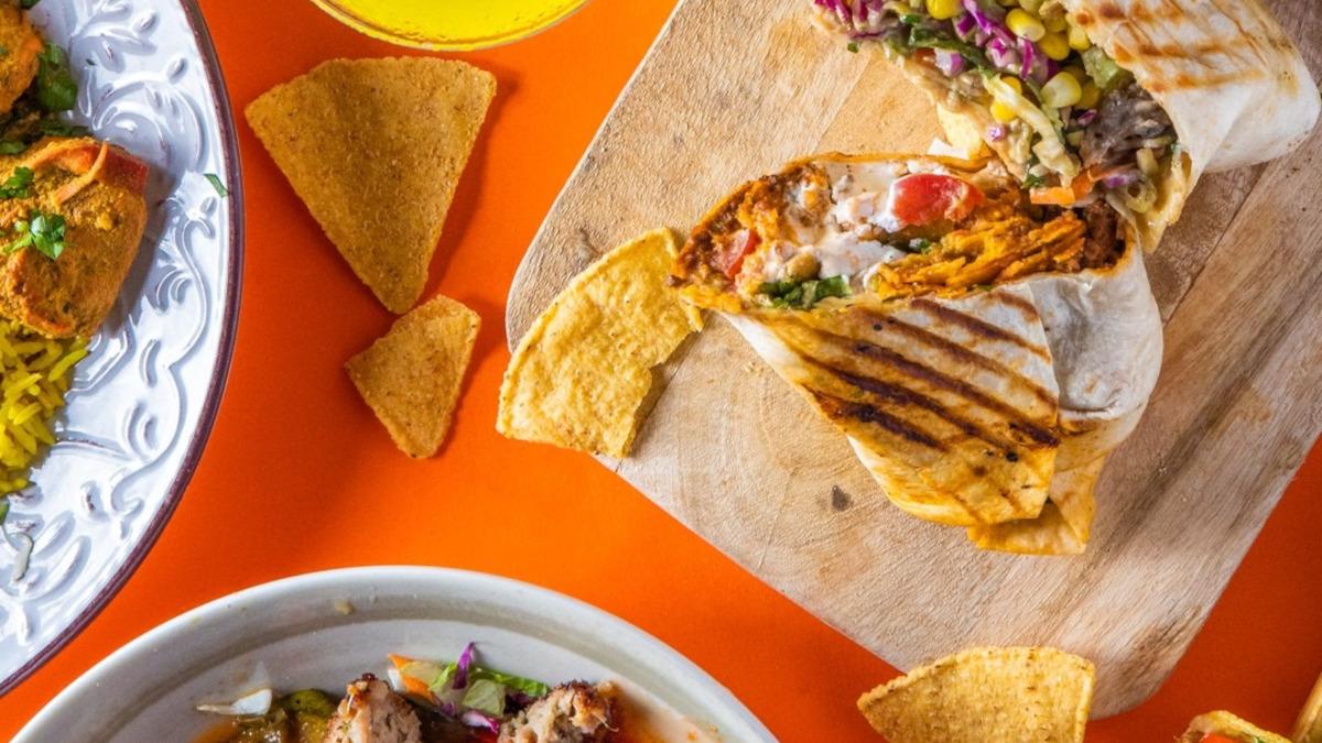 Etnico: Το πιο εναλλακτικό street food με ένα τηλεφώνημα στην πόρτα σου