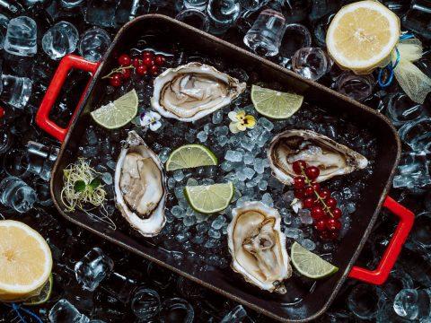 «Αφρόψαρο»: Πιάτα ψαρικών υψηλής ποιότητας με ένα τηλεφώνημα φέρνουν το καλοκαίρι σπίτι σου