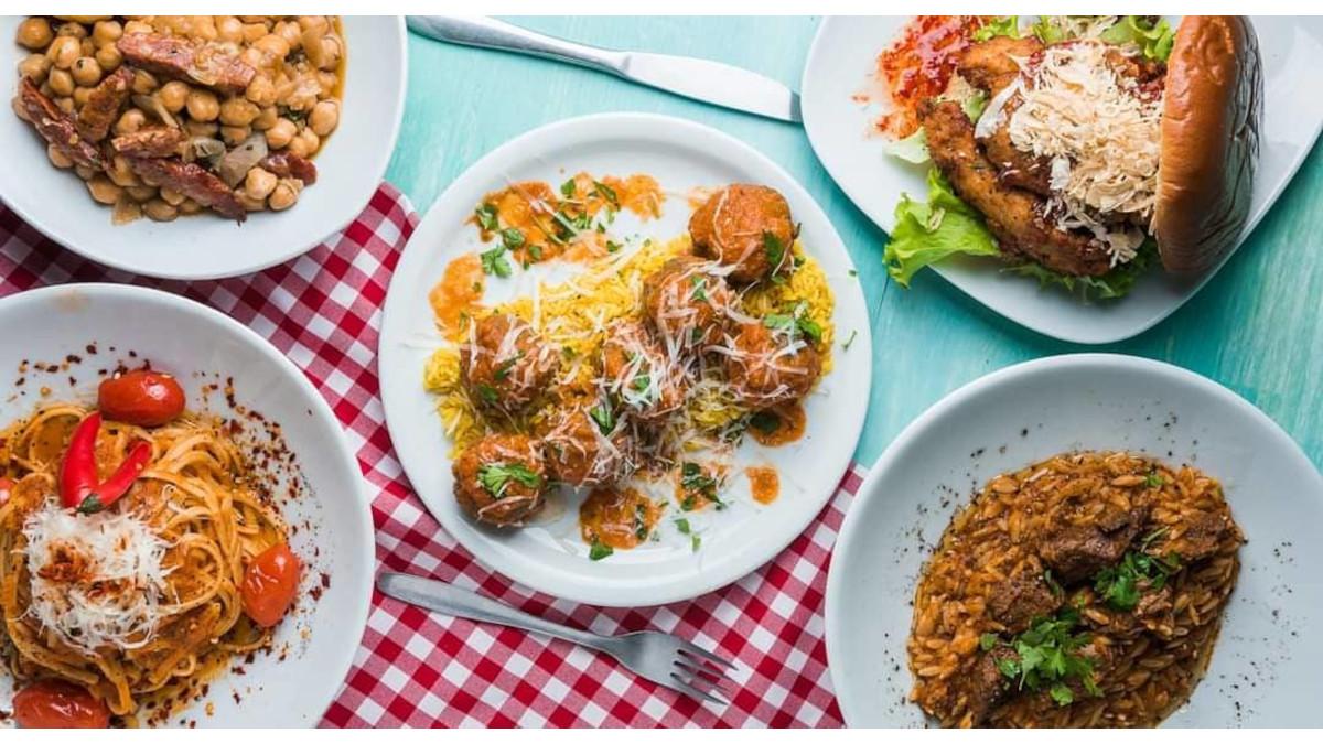 «Bread and Roses»: Μεγάλες μερίδες, χαμηλές τιμές και πεντανόστιμα μαμαδο-γκουρμέ πιάτα