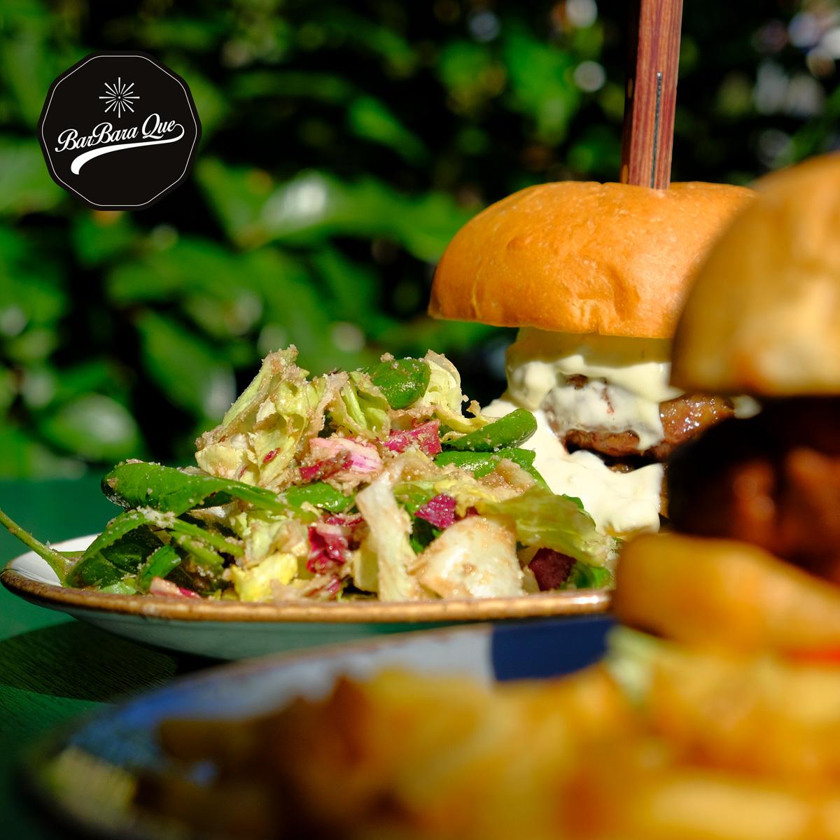 Αν δεν έχεις δοκιμάσεις burger στο «BarbaraQue», μην βιαστείς να στέψεις το αγαπημένο σου