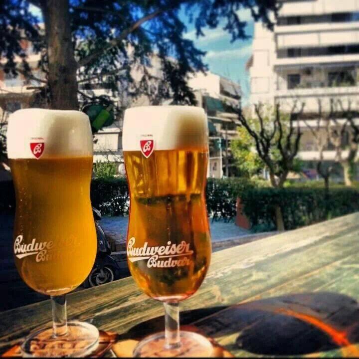 «Beer Garden Ritterburg»: Φέρε την ...Γερμανία με ένα τηλεφώνημα σπίτι σου